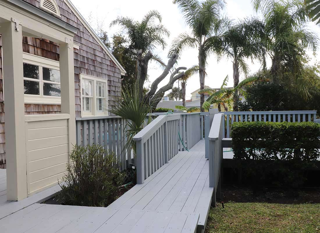 daytona beach cottage vacation rental sleep with us properties